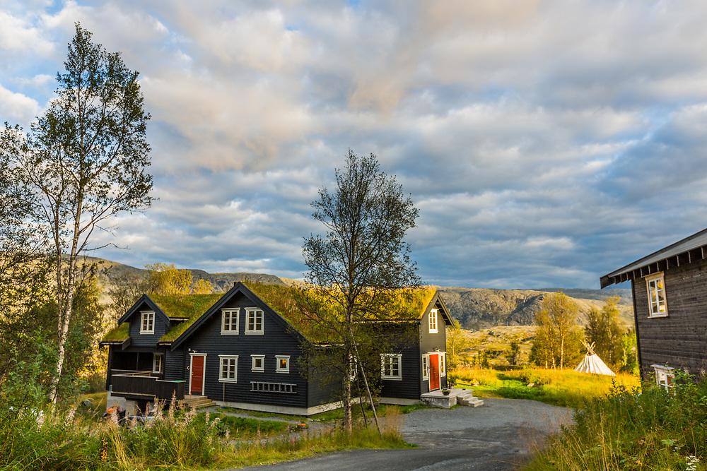 Tinja Fjellgård er et selskap som tilbyr overnatting og utleie av selskapslokaler på Stormoen utenfor Narvik.