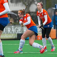 20170319 BLOEMENDAAL - landelijke jeugdcompetitie Bloemendaal Meisjes A1-Den Bosch MA1 (2-3).   Bodine Boelaars  met Philine de Nooijer van Bl'daal. COPYRIGHT KOEN SUYK