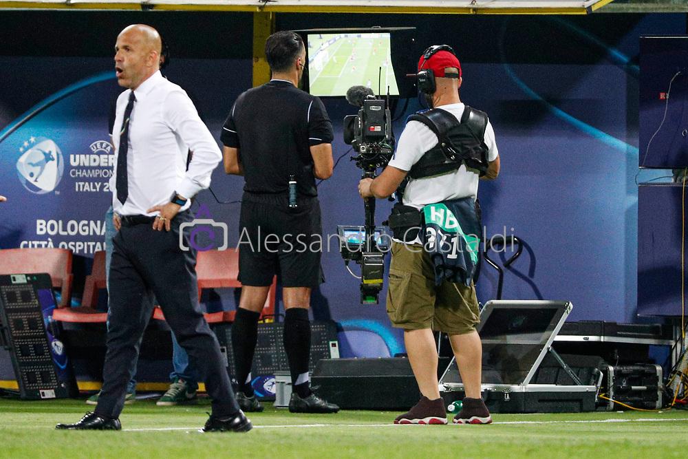 "Foto Alessandro Castaldi<br /> 16/06/2019 Bologna (Italia)<br /> Sport Italia - Spagna - UEFA Campionati Europei Under-21 20019 - Stadio ""Renato Dall'Ara""<br /> Nella foto: VAR <br /> <br /> Photo Alessandro Castaldi<br /> June 16, 2019 Bologna (Italy)<br /> Sport Soccer<br /> Italy vs Spain - UEFA European Under-21 Championship 2019 - ""Renato Dall'Ara"""" Stadium <br /> In the pic: VAR"