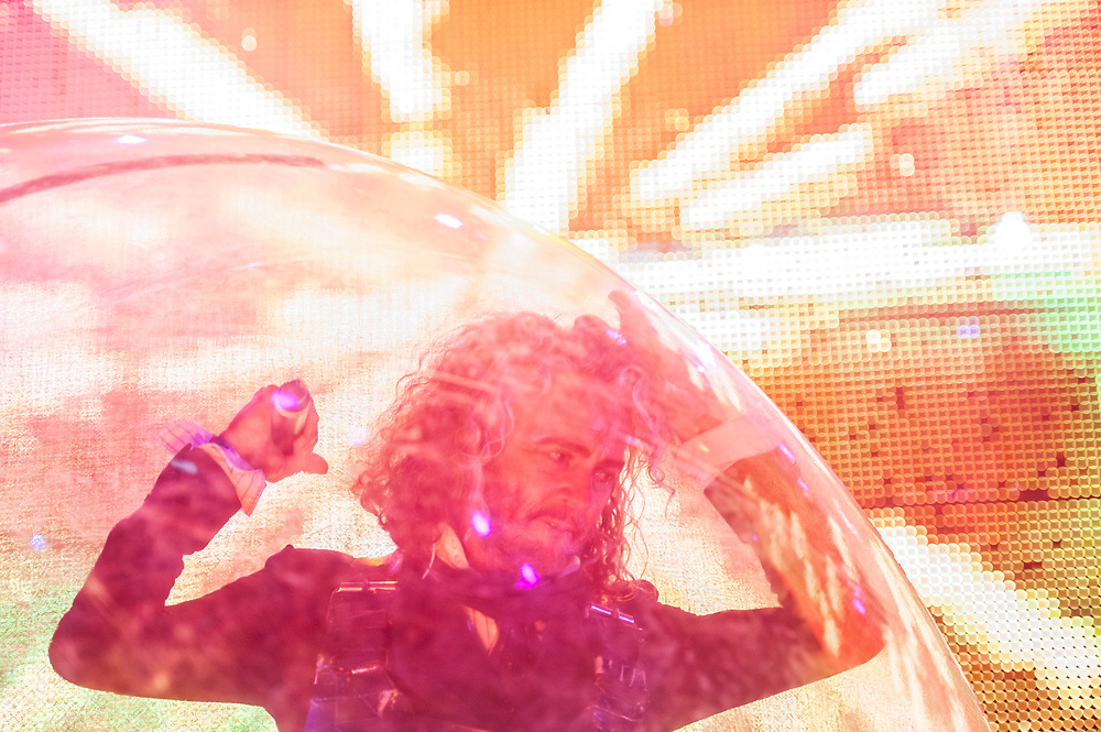 Wayne Coyne of The Flaming Lips performing at Pacific Amphitheatre August 26, 2021.