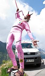 20.05.2010, Hauptplatz, Lienz, AUT, Giro d Italia, Fight for Pink, Lienz - Kaiser Franz Josefs Höhe, im Bild Giro Teufel Didi Senft during Giro d Italia, Fight for Pink in Linez on Fr 20/5/2011. EXPA Pictures © 2011, PhotoCredit: EXPA/ J. Groder