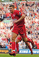 Fotball<br /> Foto: SBI/Digitalsport<br /> NORWAY ONLY<br /> <br /> Liverpool v Manchester City<br /> Barclays Premiership, 21/08/2004.<br /> <br /> Liverpool's Steven Gerrard makes the dash to the corner flag in celebration after winning the game for Liverpool.