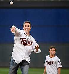 September 1, 2017 - Minneapolis, MN, USA - Former Minnesota Twins pitcher Joe Nathan throws out the ceremonial first pitch as the Twins play host to the Kansas City Royals on Friday, Sept. 1, 2017, at Target Field in Minneapolis. (Credit Image: © Aaron Lavinsky/TNS via ZUMA Wire)