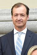 Het nieuwe kabinet Rutte III op het bordes van Paleis Noordeinde. <br /> <br /> Op de foto:  Eric Wiebes - minister van Economische Zaken en Klimaat