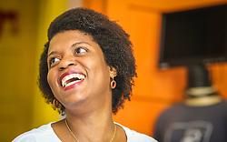 """PORTO ALEGRE, RS, BRASIL, 21-01-2017, 12h53'10"""":  Desiree dos Santos, 32, no Matehackers Hackerspace da Associação Cultural Vila Flores, no bairro Floresta da capital gaúcha. A  Consultora de Desenvolvimento de Software na empresa ThoughtWorks fala sobre as dificuldades enfrentadas por mulheres negras no mercado de trabalho.(Foto: Gustavo Roth / Agência Preview) © 21JAN17 Agência Preview - Banco de Imagens"""