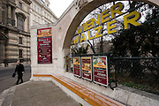 "Wien/Oesterreich, AUT, 21.12.2007: Strassenszene in der Wiener Innenstadt mit Werbung für Konzerte  und Veranstaltungen um den ""Wiener Walzer"".<br /> <br /> Vienna/Austria, AUT, 21.12.2007: Street scene in Vienna. Billboards with commercials for ""Viennese Waltz""."