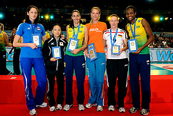 23-08-2009 VOLLEYBAL: WGP FINALS CEREMONY: TOKYO <br /> Brazilie wint de World Grand Prix 2009 / Tatiana Kosheleva, Yoshie TAKESHITA, Sheilla Castro best MVP, Manon Flier, Kerstin Tzscherlich en Fabiana Claudino<br /> ©2009-WWW.FOTOHOOGENDOORN.NL