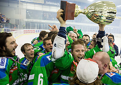 David Planko of Olimpija, Jure Sotlar of Olimpija, Ales Music of Olimpija and other players of Olimpija celebrate after they became Slovenian National Champion 2016 after winning during ice hockey match between HDD Telemach Olimpija and HDD SIJ Acroni Jesenice in Final of Slovenian League 2015/16, on April 11, 2016 in Hala Tivoli, Ljubljana, Slovenia. Photo by Vid Ponikvar / Sportida