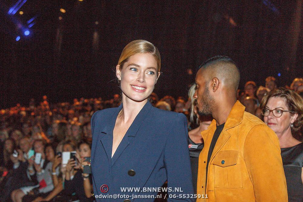 NLD/Amsterdam/20150713 - AFW2015 Summer, Modeshow  Maria Clè Leal, Doutzen Kroes