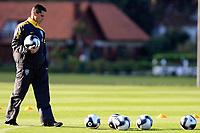 20090604: TERESOPOLIS, BRAZIL - Brazil National Team preparing match against Uruguay. In picture: assistant coach Jorginho. PHOTO: CITYFILES