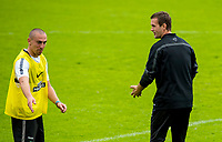 02/07/14<br /> CELTIC TRAINING<br /> AUSTRIA<br /> Celtic manager Ronny Deila (rightt) and captain Scott Brown