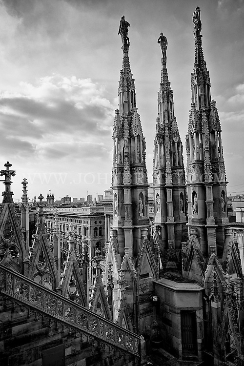 Black and white photo, Duomo cathedral in Milan, Italy.