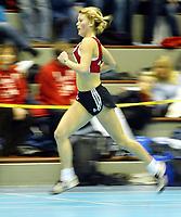 Friidrett, 8. februar 2004, Ungdomsmesterskapet, Drammenshallen,  Randi Vermelid, Tønsberg, på 1500 meter