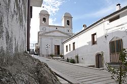Celle di San Vito (Cèlle de Sant Uite o Vite in lingua francoprovenzale) è un comune italiano di 177 abitanti della provincia di Foggia in Puglia. Il comune, che è il meno popolato della regione, da secoli si caratterizza per l'uso della lingua francoprovenzale, assieme al limitrofo centro di Faeto, con il quale costituisce l'unica Minoranza francoprovenzale in Puglia.<br /> Il comune è arroccato sui contrafforti dell'Alta Valle del Celone, nella parte occidentale del Subappennino Dauno. sorge a 735 metri s.l.m.