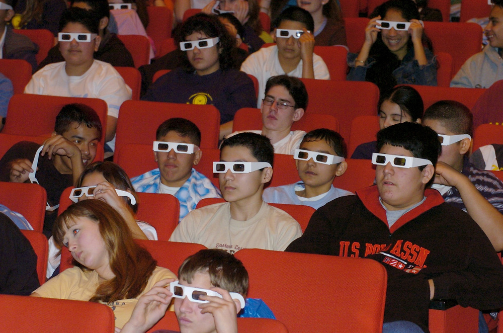 Austin, TX 15FEB05: students using 3D glasses to view Mars Rover photos.  Junior High students from around central Texas attend the first annual Edison Lecture about past, present and future communication technologies, sponsored by the Dept. of Electrical and Computer Engineering at the University of Texas.  ©Bob Daemmrich  /