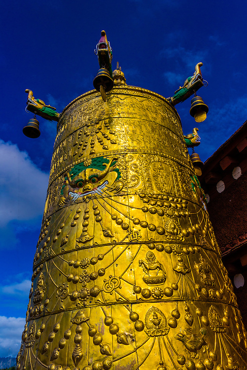 The Jokhang Temple (most sacred temple in Tibet), Lhasa, Tibet (Xizang), China.
