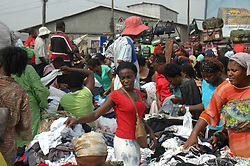 Dec. 23, 2009 - LAGOS, Nigeria - (091224) -- LAGOS, Dec. 24, 2009 (Xinhua) -- Nigerians go shopping ahead of Christmas at a market in Lagos, Nigeria, Dec. 23. 2009.  (Xinhua/News Agency of Nigeria) (Credit Image: © Xinhua via ZUMA Wire)