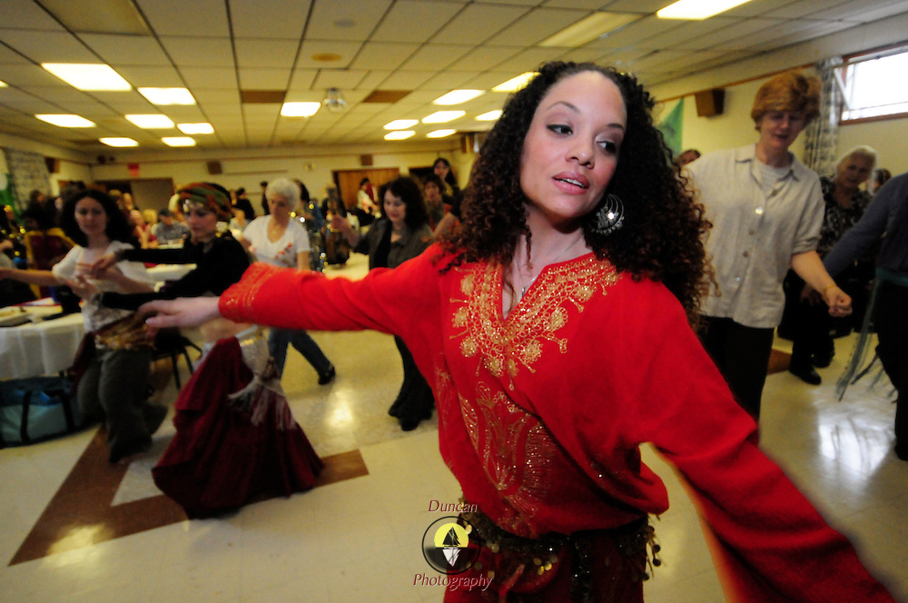 4/5/09 -- BRUNSWICK, Maine. Belly Dance food raising event at Bath Elks Lodge organized by Holly Spicer. Photo by Roger S. Duncan.