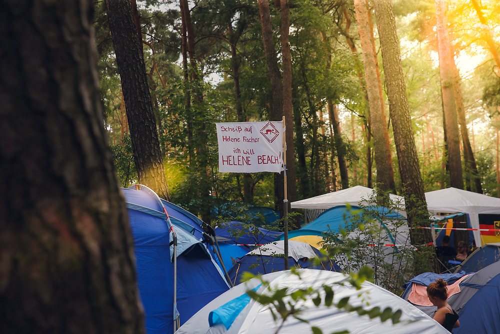 Helene Beach Festival 2018, Helenesee, Frankfurt Oder, 27.07.2018<br /> Feature, Helene Fischer-Plakat<br /> © Torsten Helmke