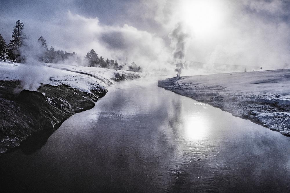 Geyser Basin, Firehole River, winter, Yellowstone National Park, Wyoming, USA