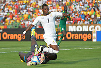 Christian Atsu Twasam (GHA) vs Bouna Coundoul (SEN)
