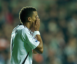 19.11.2011, Liberty Stadion, Swansea, ENG, PL, Swansea City vs Manchester United, 12. Spieltag, im Bild Swansea City's Scott Sinclair looks dejected after missing a chance against Manchester United during the Premiership match at the Liberty Stadium. (Pic by David Rawcliffe/Propaganda). EXPA Pictures © 2011, PhotoCredit: EXPA/ Sportida/ David Rawcliff..***** ATTENTION - OUT OF ENG, GBR, UK *****