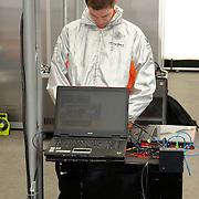NLD/Volkel/20070420 - Spyker F1 meets F16, Full Throttle 2007, engineer aan het werk