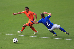 Italy U17's Alberto Barazzetta and Netherlands U17's Mohammed Ihattaren