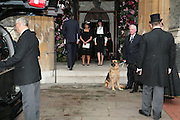 Lady Annabel Goldsmith and India Jane Birley,. Mark Birley funeral. St Paul's , Knightsbridge. London. 19 September 2007. -DO NOT ARCHIVE-© Copyright Photograph by Dafydd Jones. 248 Clapham Rd. London SW9 0PZ. Tel 0207 820 0771. www.dafjones.com.