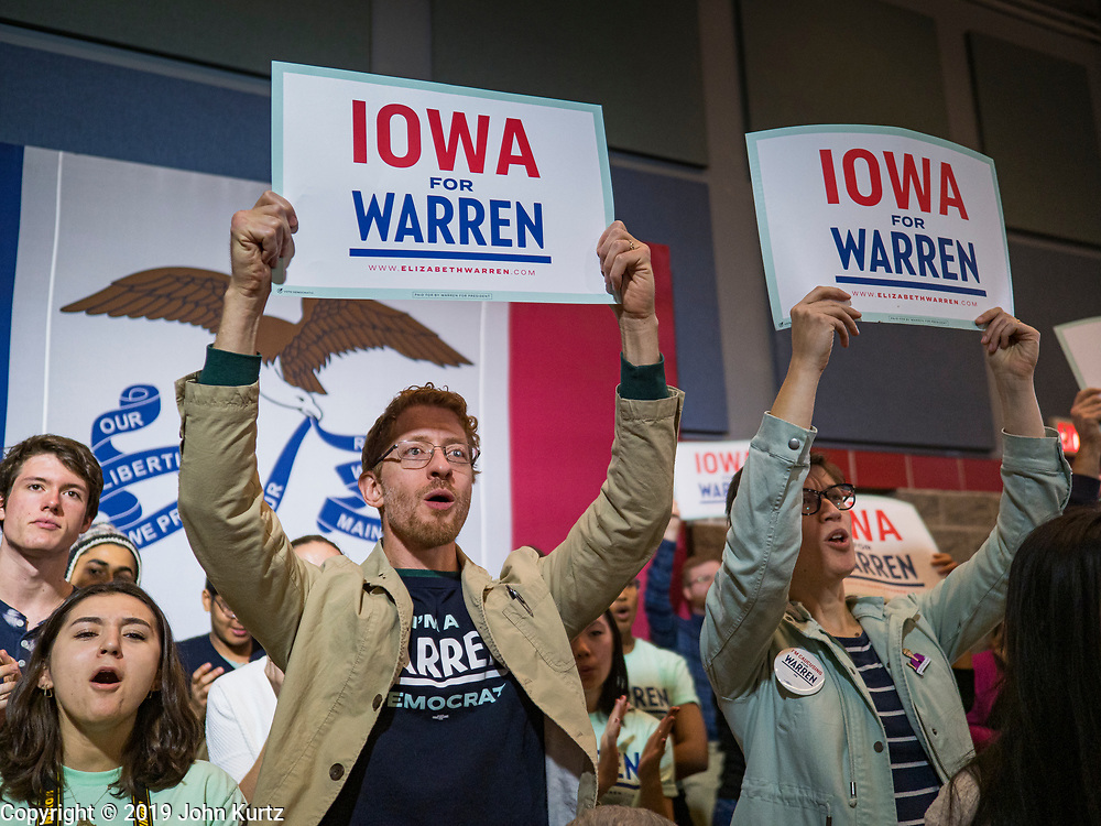 04 NOVEMBER 2019 - GRINNELL, IOWA: Students listen to US Senator Elizabeth Warren speak at Grinnell College. Sen. Warren spoke to a crowd of about 850 students and local residents. She brought her campaign to be the Democratic nominee for the US Presidency to the college town of Grinnell, Iowa, Monday. Iowa holds the first selection event of the 2020 presidential election cycle. The Iowa caucuses are Feb. 3, 2020.           PHOTO BY JACK KURTZ