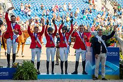 EHNING Marcus (GER), KLAPHAKE Laura (GER), BLUM Simone (GER), TEBBEL Maurice (GER)<br /> Tryon - FEI World Equestrian Games™ 2018<br /> Siegerehrung Medaillenvergabe<br /> FEI World Team Championships<br /> 2. Qualifikation Teamwertung 2. Runde<br /> 21. September 2018<br /> © www.sportfotos-lafrentz.de/Stefan Lafrentz