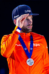 13-01-2019 NED: ISU European Short Track Championships 2019 day 3, Dordrecht<br /> Team Netherlands Daan Breeuwsma pose in the Men's Relay medal ceremony during the ISU European Short Track Speed Skating Championships.