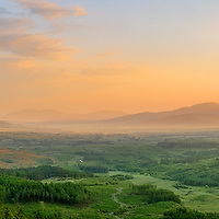 Panoramic View overlooking kerry highlands and Cahersiveen with Knocknadobar and benetee mountain / ba078
