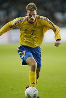 Fotball, 17. april 2002. Landskamp herrer, Norge v Sverige (Norway v Sweden 0-0), Ullevaal stadion. Niclas Alexandersson, Sverige.