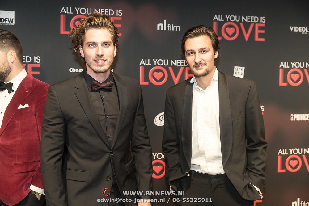 NLD/Amsterdam/20181126 - premiere All You Need Is Love, Doria Bindels en ......