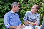 Het kabinet houdt een informeel overleg in Hotel Bos en Ven in Oisterwijk, dat tijdens de Tweede Wereldoorlog dienst deed als hoofdkwartier van het toenmalige kabinet. <br /> <br /> Op de foto: Paul Blokhuis en Menno Snel