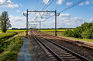 11-05-2020: Nijeholtwolde, Weststellingwerf - spoorwegovergang bij Stadburen