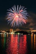 Highland, N.Y. - Fireworks light up the sky over the Hudson River on July 8, 2006. ©Tom Bushey