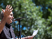 Newspaper man Rick Kogan introduces the annual Bughouse Square debates and talks about free speech