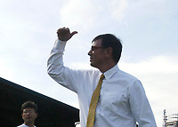 Photo: Andrew Unwin.<br />Northern Ireland v Azerbaijan. FIFA World Cup Qualifying match. 03/09/2005.<br />Northern Ireland's manager, Lawrie Sanchez.