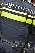 Nederland, Nijmegen, 26-5-2015Het politielogo op het uniform van een agent.FOTO: FLIP FRANSSEN/ HOLLANDSE HOOGTE