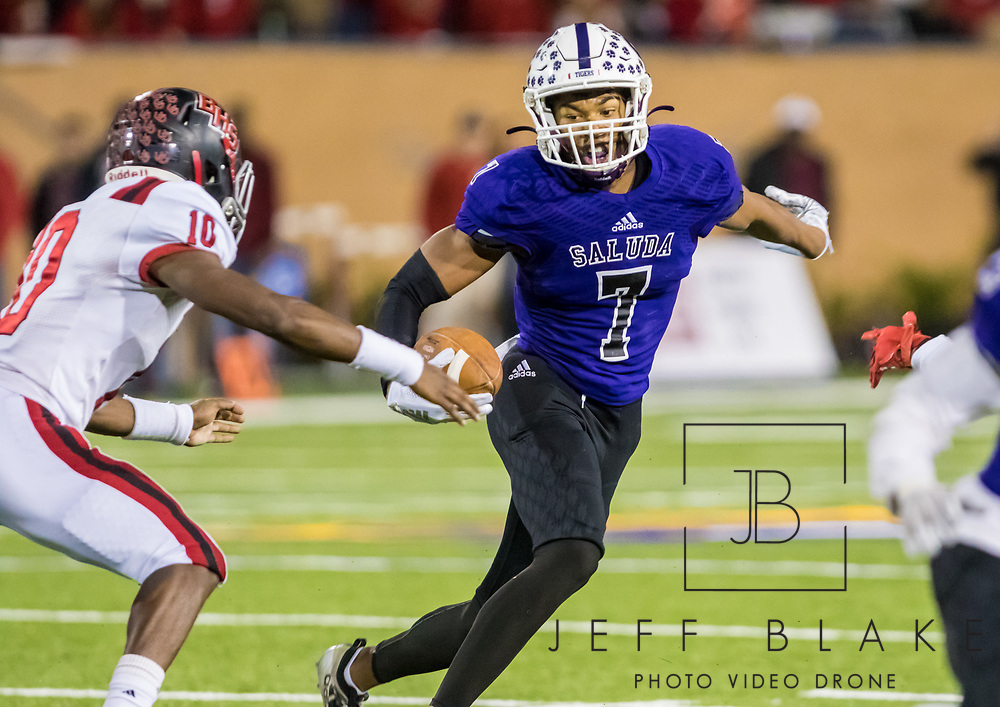 Saluda Tigers Dallan Wright (7) runs after a catch against the Barnwell Warhorses. 2019 Saluda State Championship Football Photos