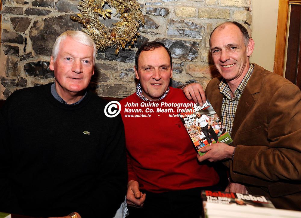 19-12-09. Meath Launch of Rebel Rebel The Billy Morgan Story at Beggy's Pub, Bridge Street, Navan.<br /> L to R: Billy Morgan, Gerry McEntee and David Beggy.<br /> Photo: John Quirke / www.quirke.ie<br /> ©John Quirke Photography, Unit 17, Blackcastle Shopping Cte. Navan. Co. Meath. 046-9079044 / 087-2579454.