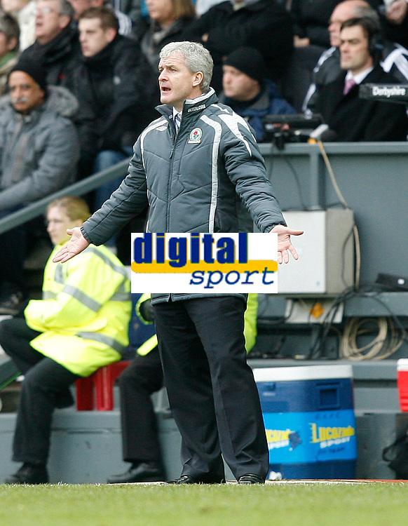 Photo: Steve Bond/Sportsbeat Images.<br /> Derby County v Blackburn Rovers. The FA Barclays Premiership. 30/12/2007. Mark Hughes looks dismayed