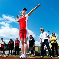 Nederland, Den Bosch, 02-06-2012.<br /> Special Olympics, Spelen voor geestelijk gehandicapten.<br /> Balwerpen, Vrouwen. Concentratie bij de winnares in haar categorie.<br /> Foto : Klaas Jan van der Weij