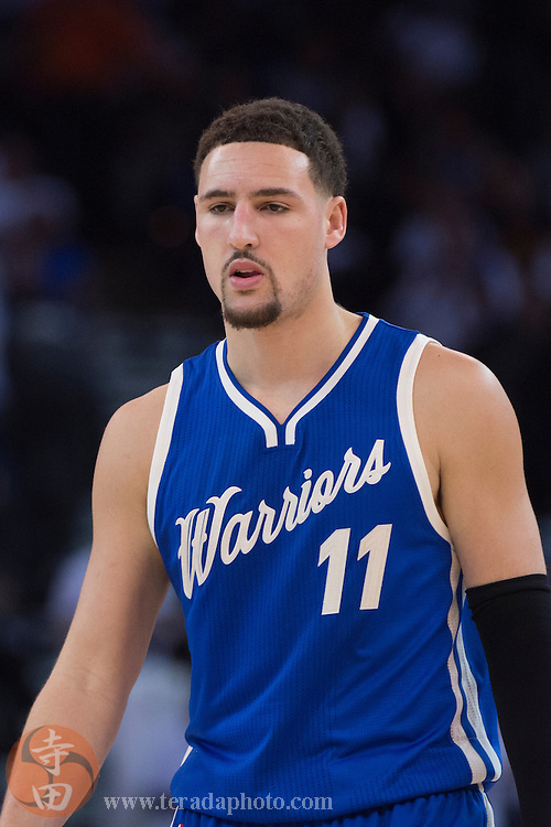 December 25, 2015; Oakland, CA, USA; Golden State Warriors guard Klay Thompson (11) during the third quarter in a NBA basketball game on Christmas against the Cleveland Cavaliers at Oracle Arena. The Warriors defeated the Cavaliers 89-83.