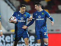 Football - Sky Bet Championship - Brentford vs Norwich City - Brentford Community Stadium<br /> <br /> Kenny McLean and Jodan Hugill celebrate Norwich's  equalising goal<br /> <br /> <br /> COLORSPORT/ANDREW COWIE
