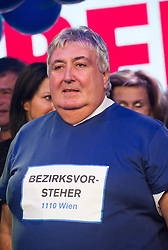 11.10.2015, FPÖ Festzelt, Wien, AUT, Wien-Wahl 2015, im Bild Bezirksvorsteher von Simmering Paul Stadler // during elcetion to the vienna city council at FPOe tent in Vienna, Austria on 2015/10/11, EXPA Pictures © 2015, PhotoCredit: EXPA/ Michael Gruber