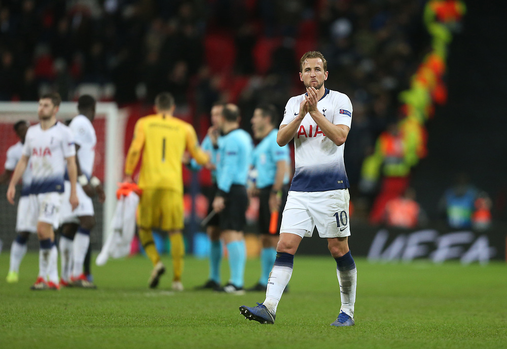 Tottenham Hotspur's Harry Kane applauds the fans at the end of the game<br /> <br /> Photographer Rob Newell/CameraSport<br /> <br /> UEFA Champions League Group B - Tottenham Hotspur v Internazionale - Wednesday 28th November 2018 - Wembley Stadium - London<br />  <br /> World Copyright © 2018 CameraSport. All rights reserved. 43 Linden Ave. Countesthorpe. Leicester. England. LE8 5PG - Tel: +44 (0) 116 277 4147 - admin@camerasport.com - www.camerasport.com