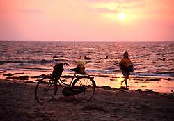 BURMA CHAUNG THA/BAY OF BENGAL MAR95 - Sun sets on a beach at the Bay of Bengal. Chaung Tha is a small but popular destination for Burmese urban dwellers to come and relax. .. jre/Photo by Jiri Rezac. . © Jiri Rezac 1995. . Contact: +44 (0) 7050 110 417. Mobile: +44 (0) 7801 337 683. Office: +44 (0) 20 8968 9635. . Email: jiri@jirirezac.com. Web: www.jirirezac.com